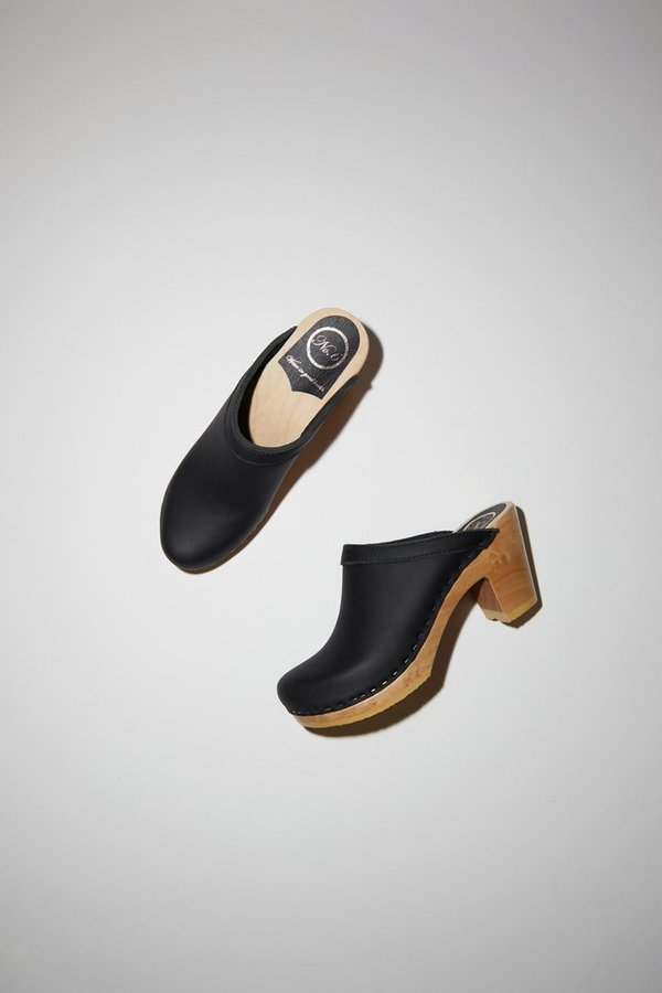 No.6 Old School High Heel Clog