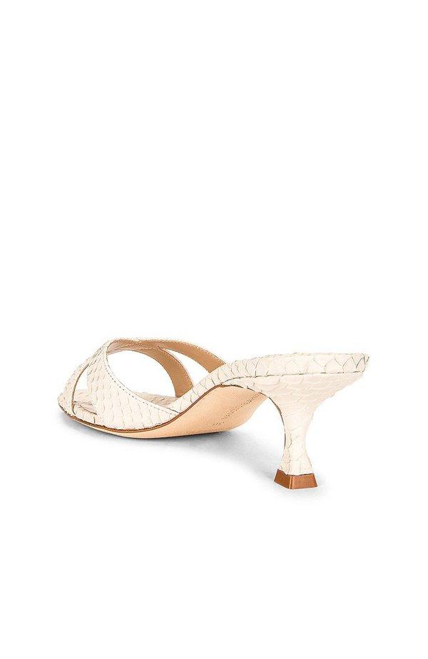 Manolo Blahnik Callamu Leather Heels
