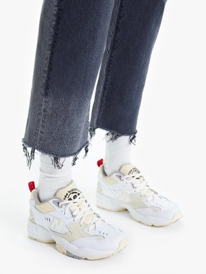 Mother Denim The Rambler Ankle Fray Jeans - Hitting the Pavement
