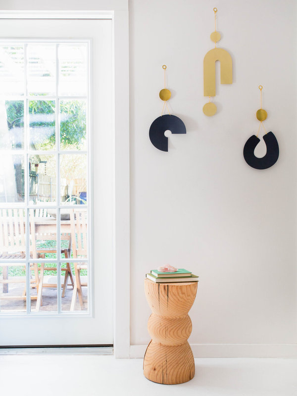 Circle and Line Turn Wall Hanging - Brass