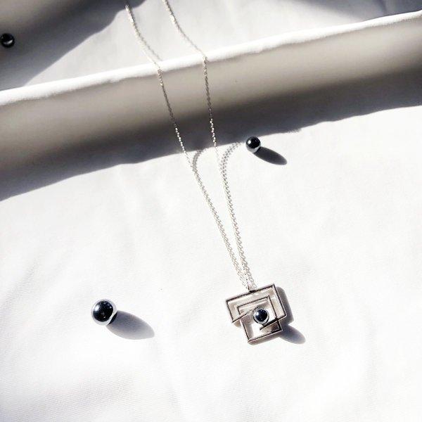 Metalepsis Projects Volten Square hematite Necklace