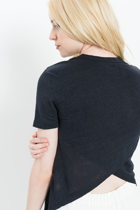 'Tesi' Linen Tee with Split V Back