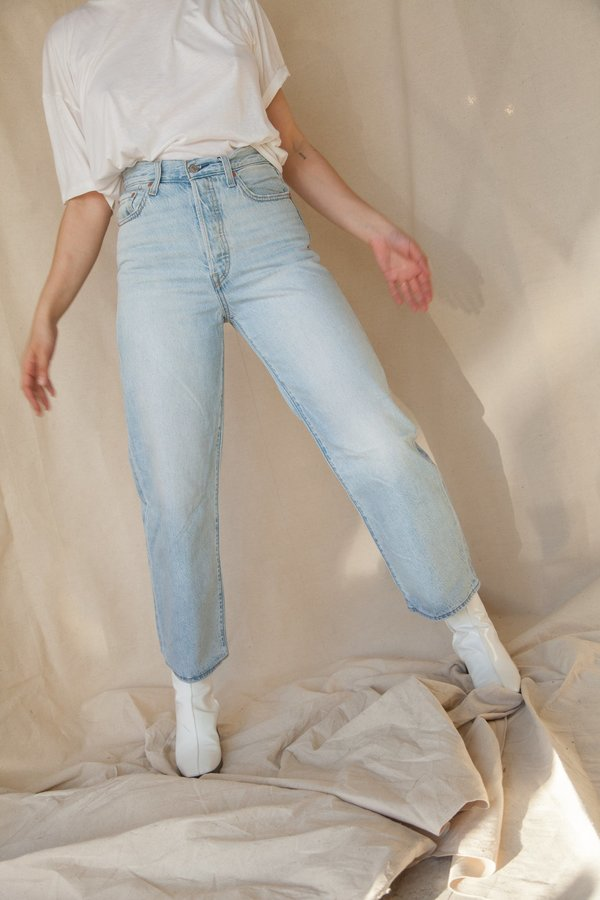 Levi's Ribcage Straight Ankle DENIM - Middle Road