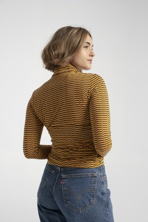 No.6 Scout Turtleneck - Gold/Brown