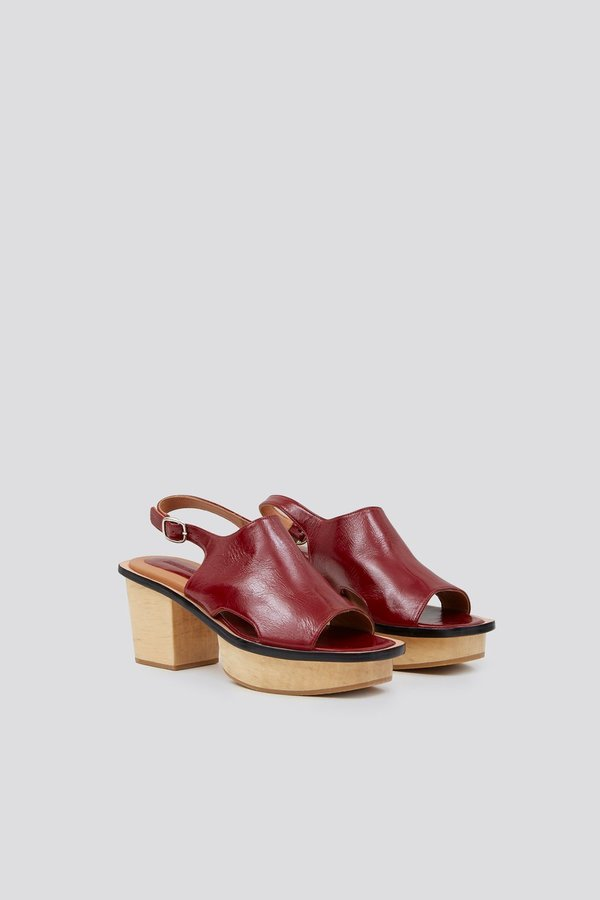 Rachel Comey Orbatello Sandal - Wine Crinkle Patent