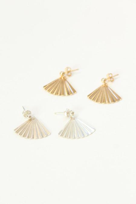 Petite Grand PG Palm Earrings