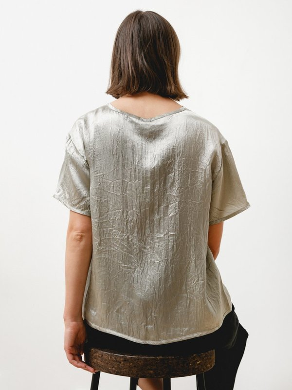 Priory Tage Tee - Crushed Slinky Silver