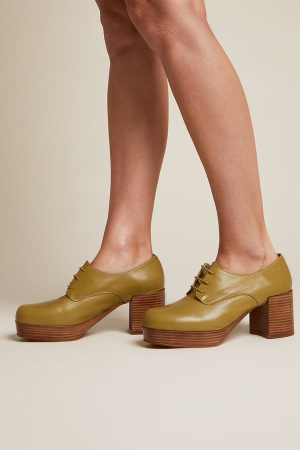 """""""INTENTIONALLY __________."""" ALBANY shoes - Olive"""