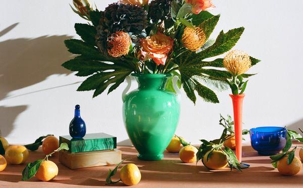 Kindred Black Steuben Double Handle Urn Vase - Green