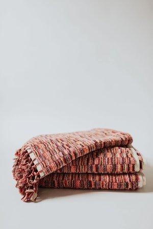 Weft End Warm Bath Mat - Pink/Red