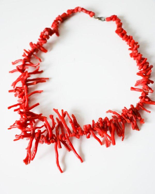Vintage Coral Necklace - Red