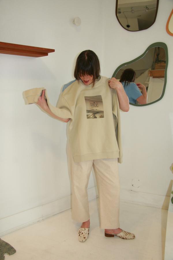 Paloma Wool Hostal Chinatown Crewneck