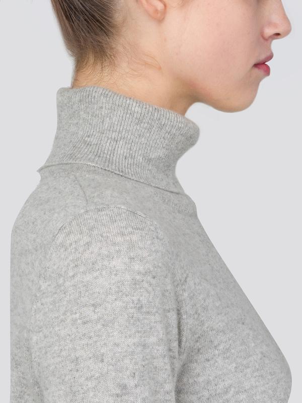 Turtleneck Slimfit Sweater_CB_LightGrey/Coral Pink
