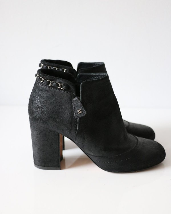 [Pre-loved] Chanel Chain Trim Ankle Boots - Black