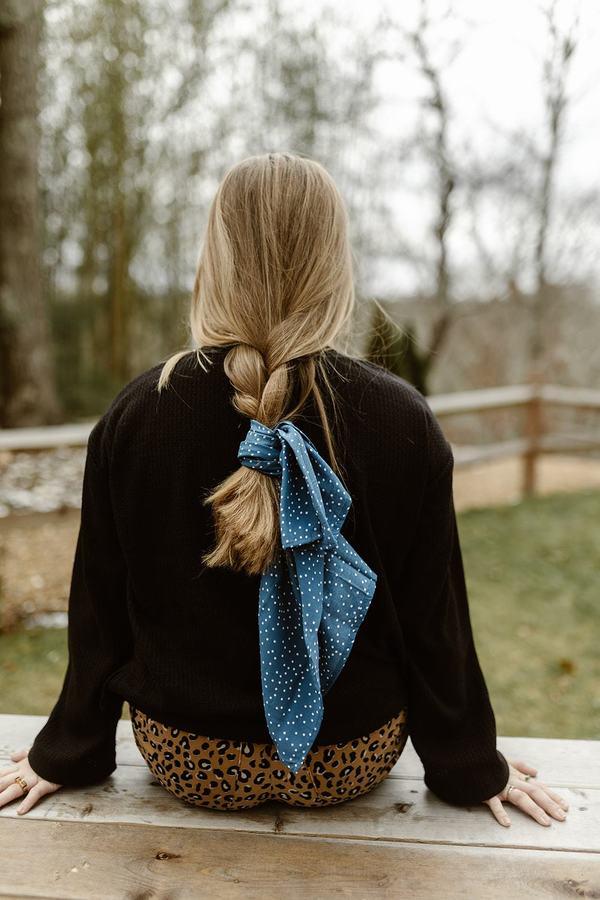 Conrado Ena Turtle Neck Cropped Wide Sleeve Sweater - Black