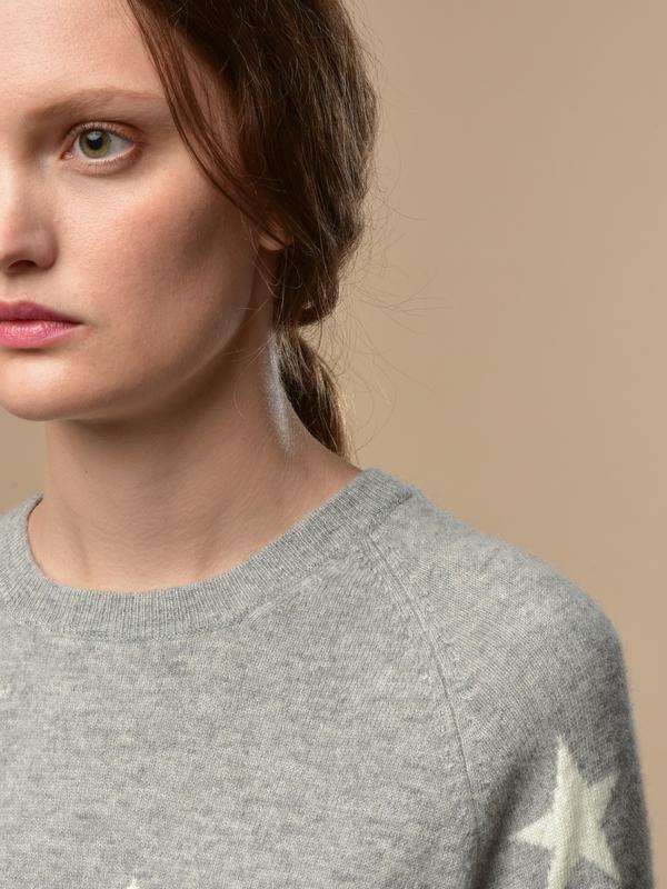 Pure Cashmere NYC Star Jacquard Crew Neck sweater - Light Grey/Ivory