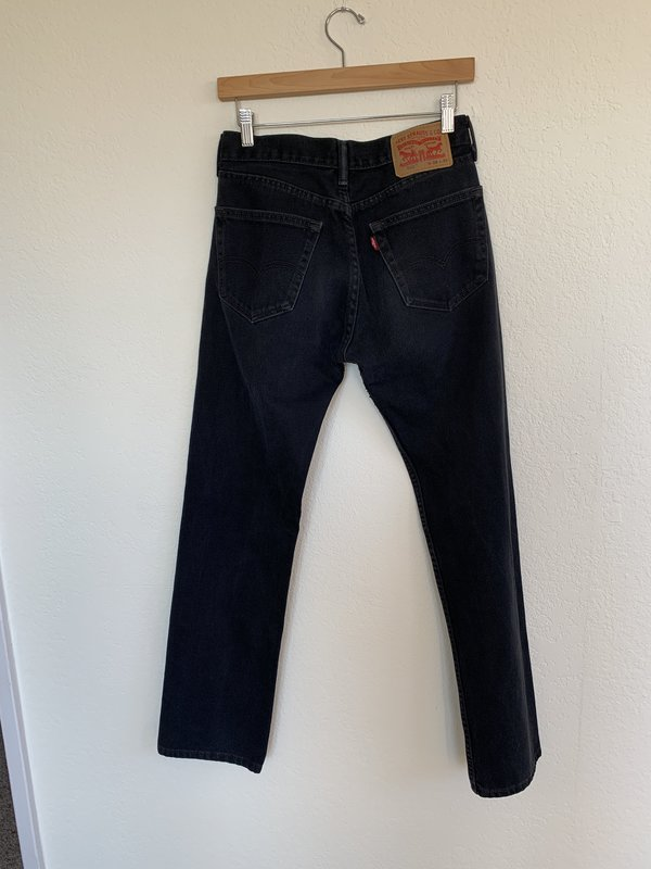 Pre-loved Levi's Jeans - Blue