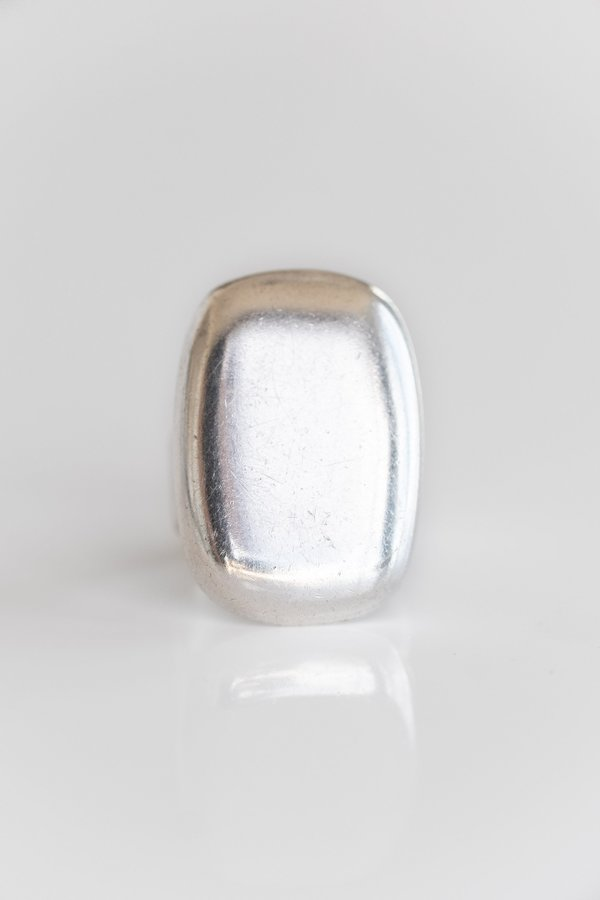 Vintage MODERN ROUNDED RECTANGLE RING - STERLING SILVER