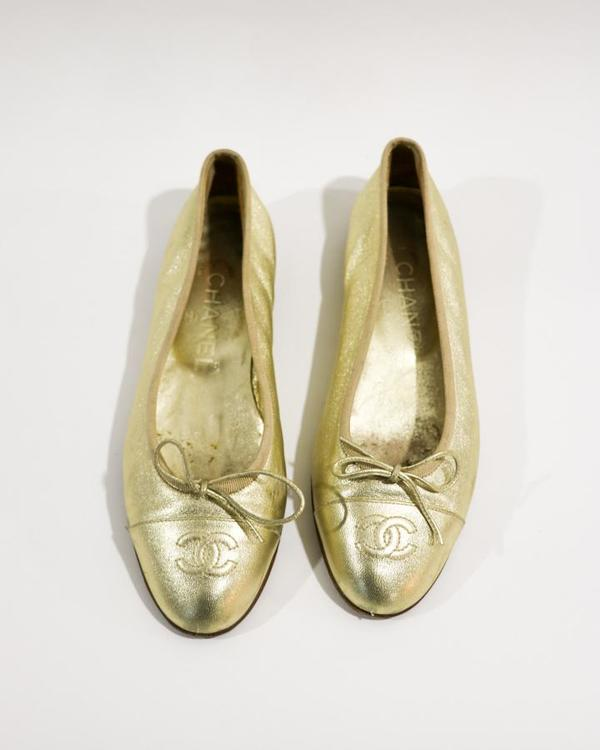 [Pre-loved] Chanel Metallic Leather Ballet Flats - Gold