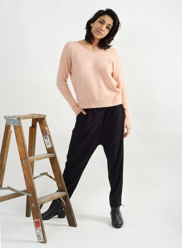 Meg Basic V Neck Sweater - Blush