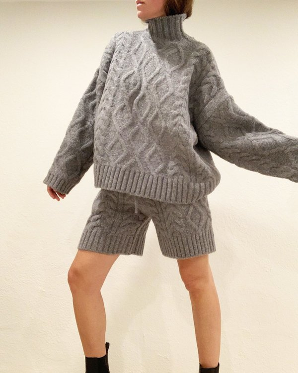 GT Esme Cabled Sweater Set
