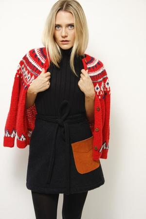 VINTAGE INTARSIA SWEATER - RED