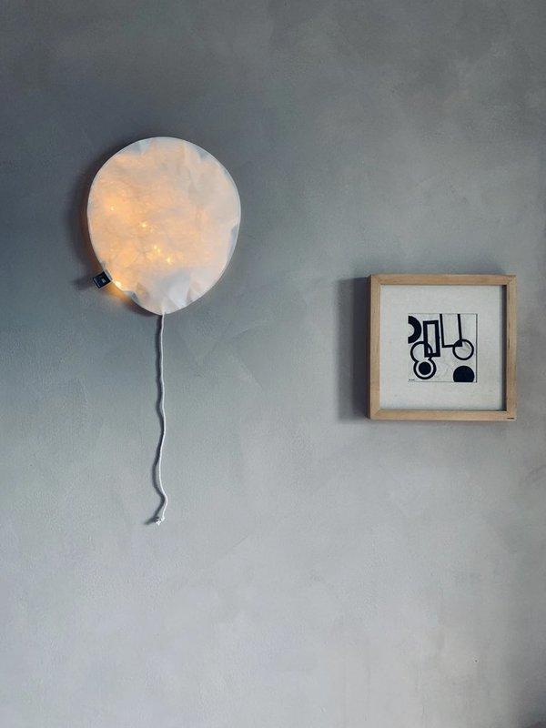 EKATERINA GALERA Large Balloon Light - White