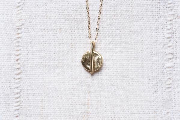 8.6.4 Circle Pendant Necklace - Brass