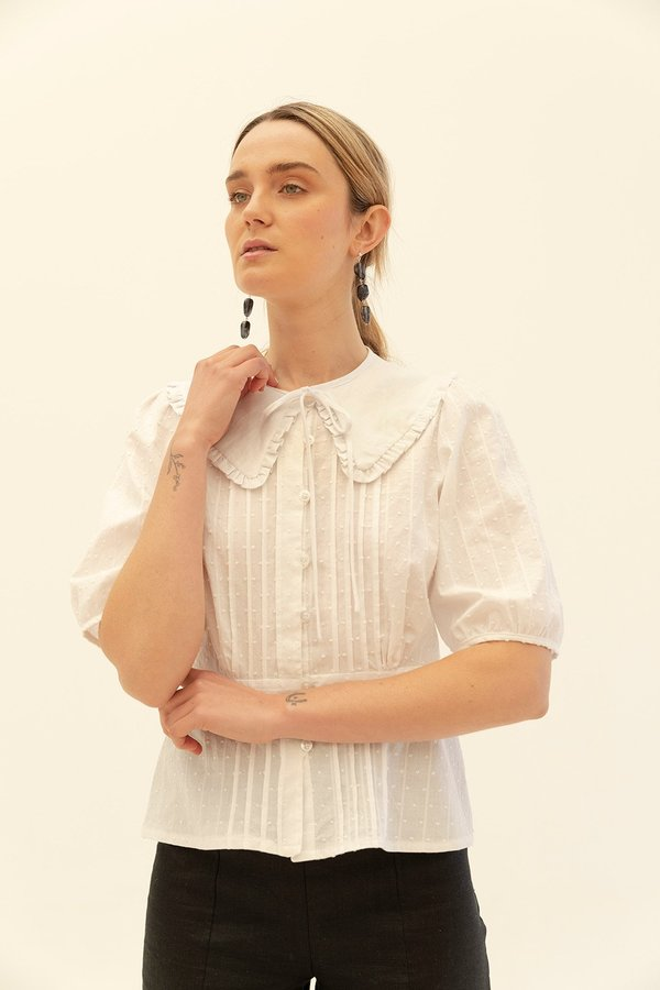 Muse the Label Bella Linen Collar