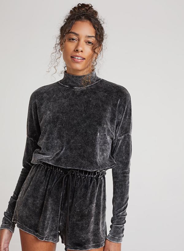 Bella Dahl Cropped Mock Neck Velour Pullover - VintageBlack