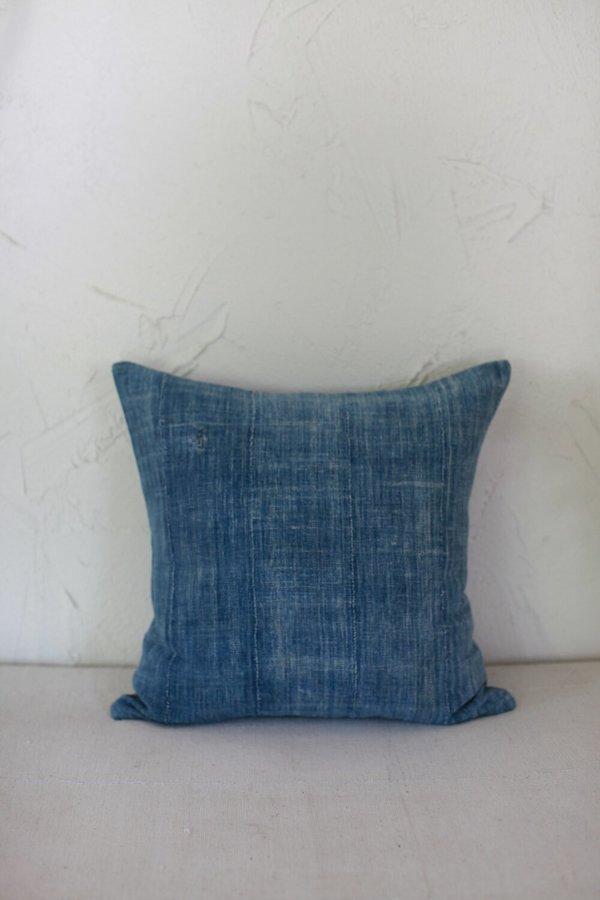 nomad collective Pillow - indigo
