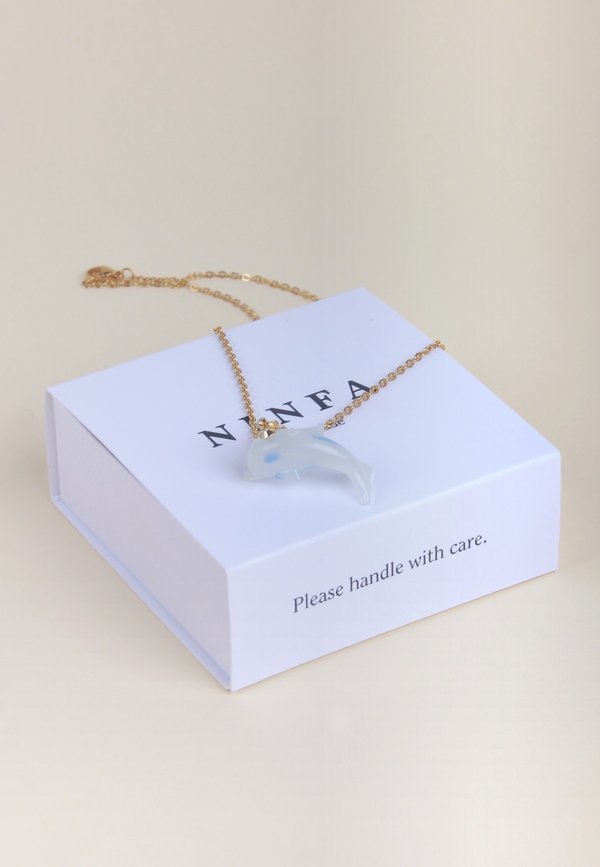 Delfina Necklace - pearl/gold