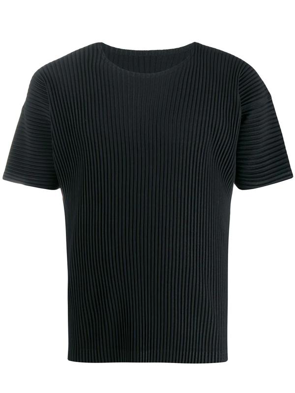 ISSEY MIYAKE HOMME PLISSÉ T-shirts - Black