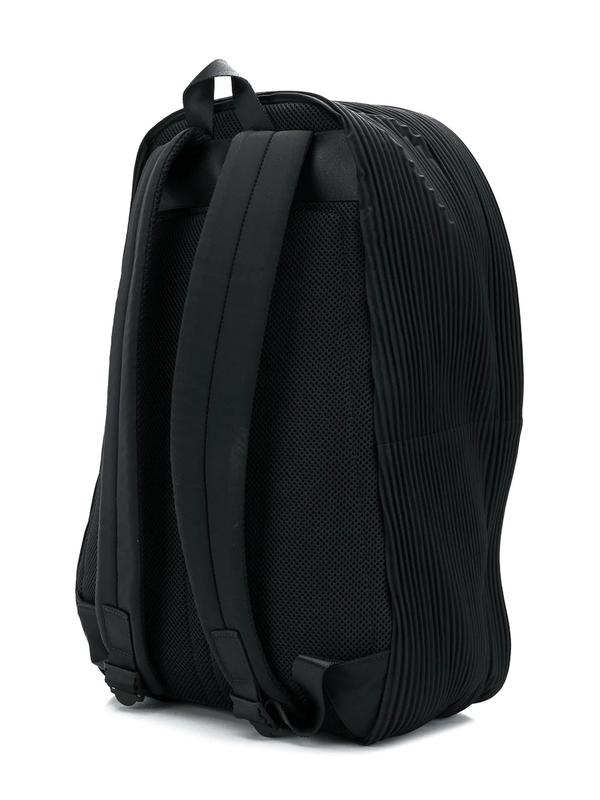 Issey Miyake HOMME PLISSÉ backpack - black