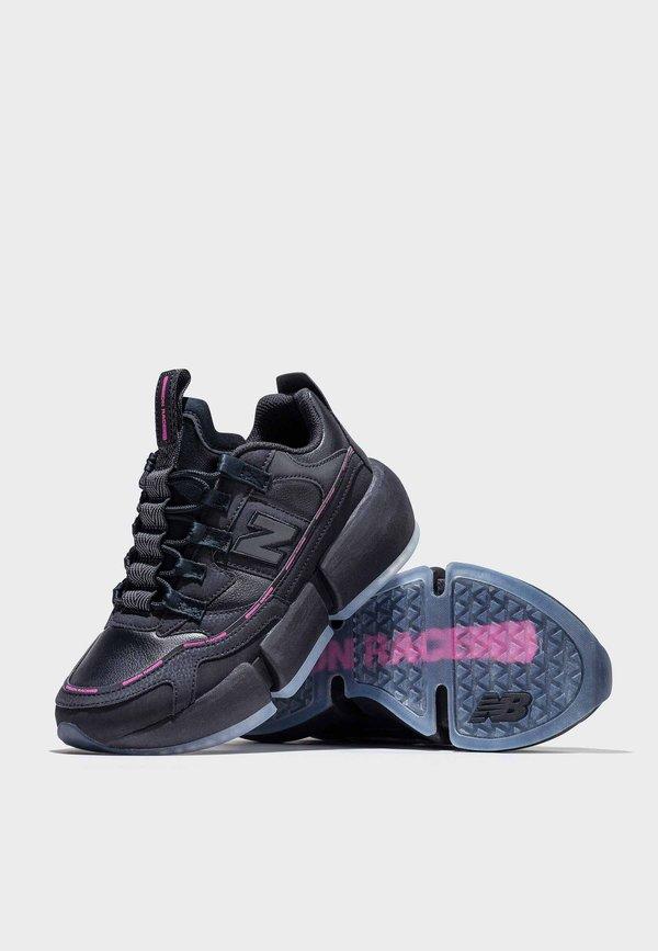 New Balance Jaden Smith Vision Racer - black/pink