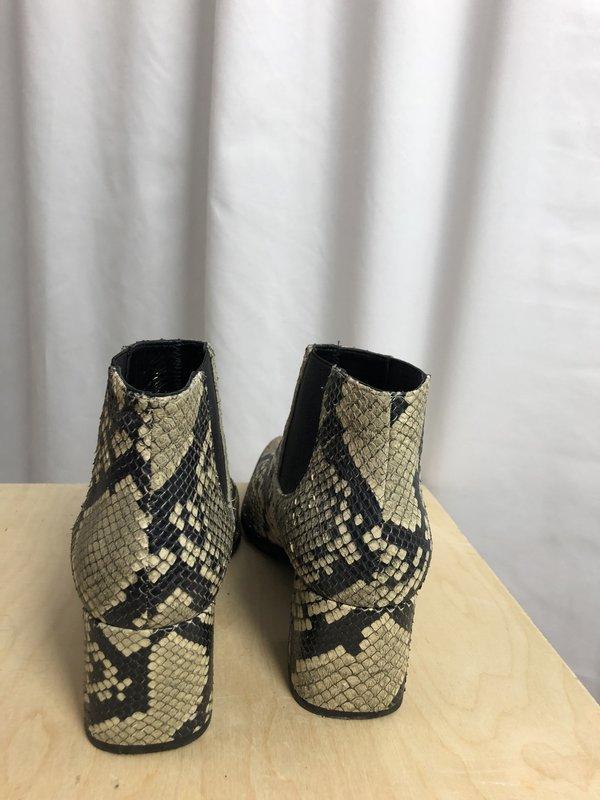 [pre-loved] Freda Salvadore Snakeskin Booties - black/tan