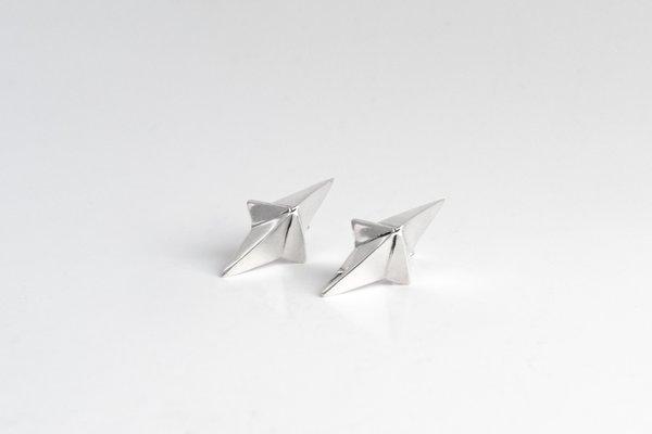 Black Daisies Stellar Heart earrings - Sterling Silver