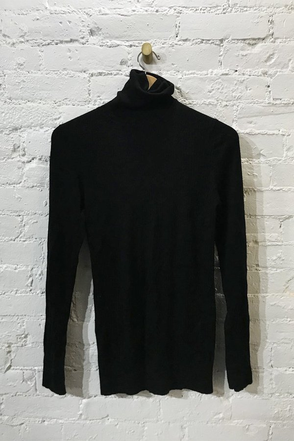 M.PATMOS Monty Turtleneck - Black