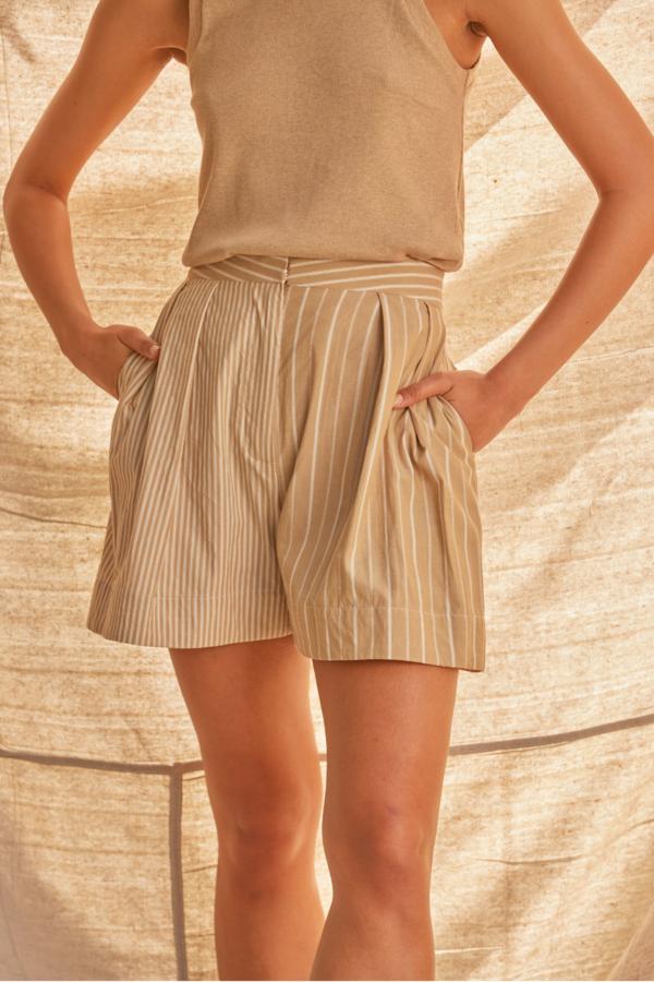 SAMPLE Direction Shorts | Sand