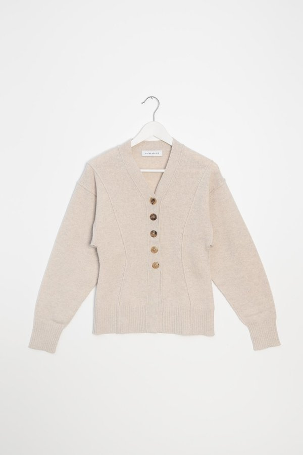 Fitted V-neck Cardigan