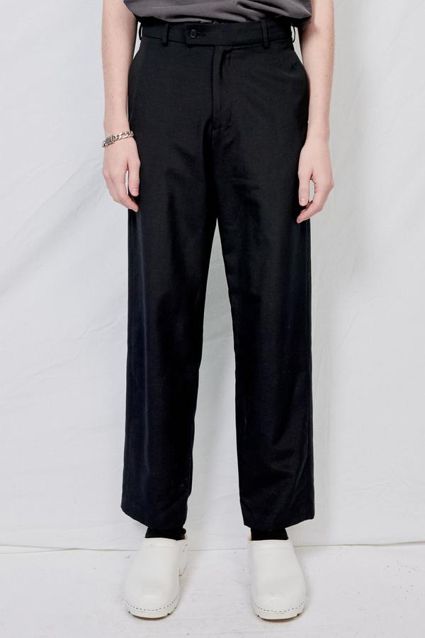 Assembly Suiting Flatfront Pant - Black