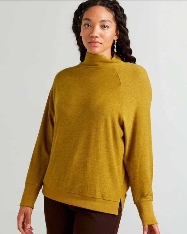 Richer Poorer Cozy Knit Long Sleeve Sweater - Golden Verde