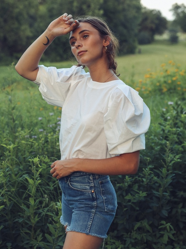 Lila Top, White
