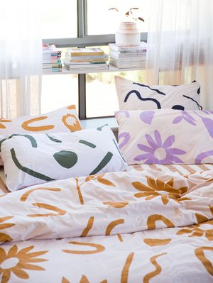 Mosey Me Floral Dreams Euro Pillowcase Set - Ink & Musk