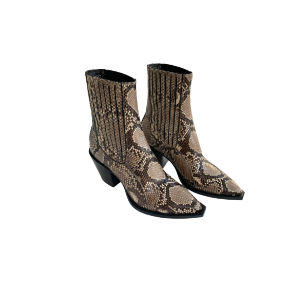 Farm Stand Out of Comfort Maria Boot - Nude