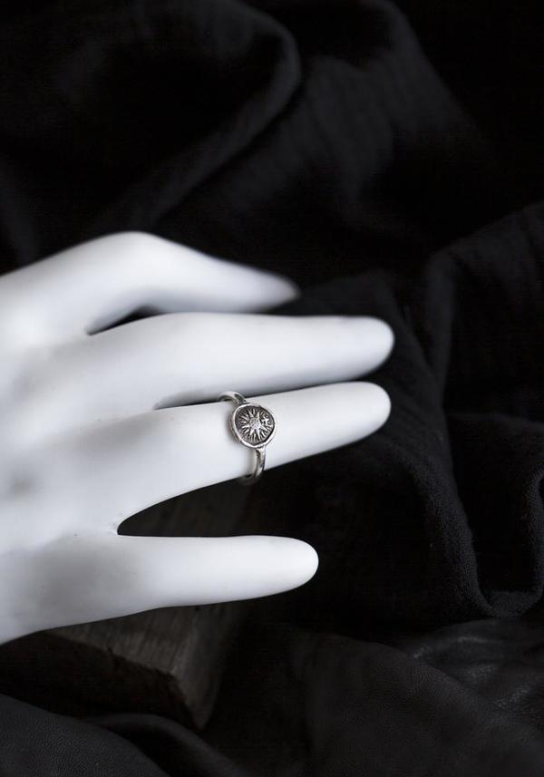 Pyrrha Direction Mini Talisman Ring - Silver