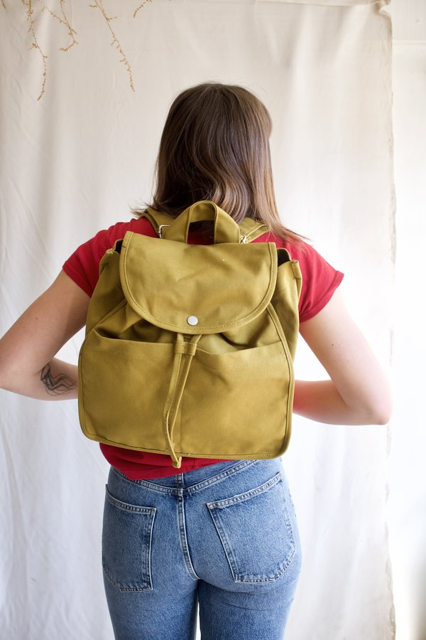 BAGGU Drawstring Backpack - Spanish Olive