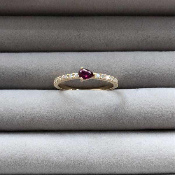 Gauhar Ring - Gold/Diamond/Ruby