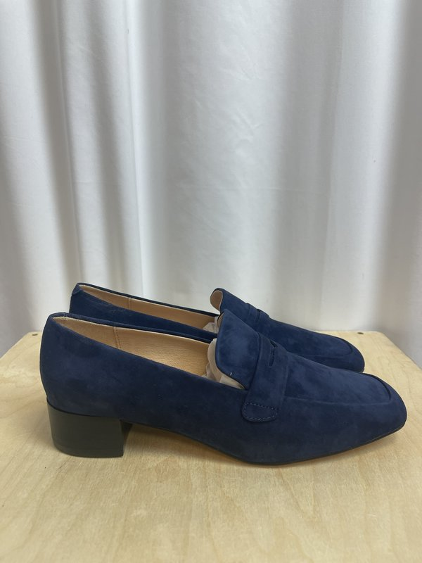 [pre-loved] Anthropologie Blue Suede Loafers - blue suede