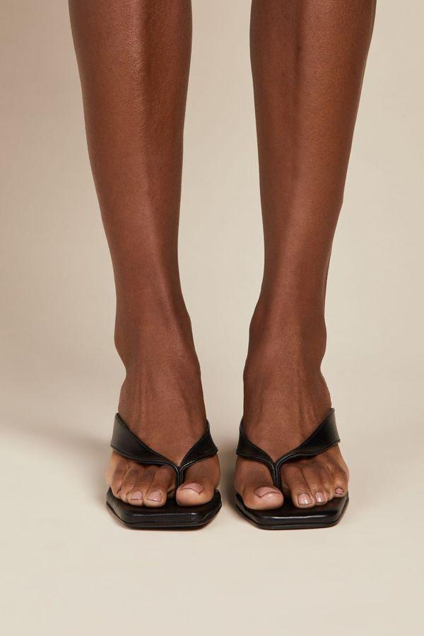 """INTENTIONALLY __________."" Tea Sandals - Black"